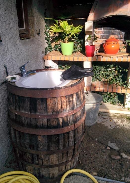 cave tonneau lavabo