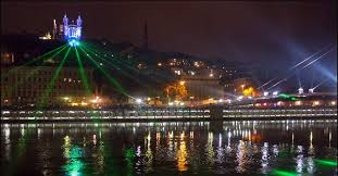 Lyon de la fête des lumières à celle deslumignons