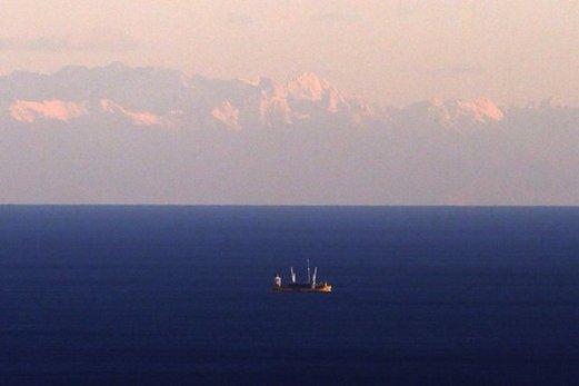 Corse vue depuis Nice photo de Valery Hache