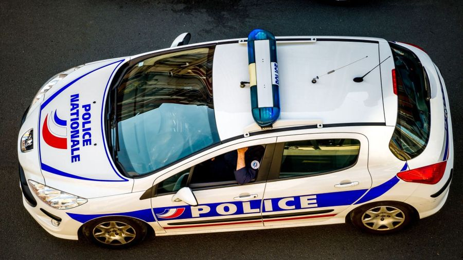 Rennes: Il braque un magasin, les clients se jettent sur lui et l'empêchent defuir