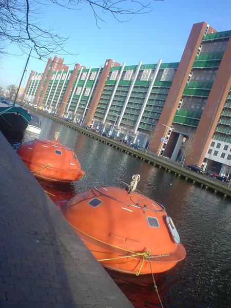 capsule-hotel-flottant.jpg