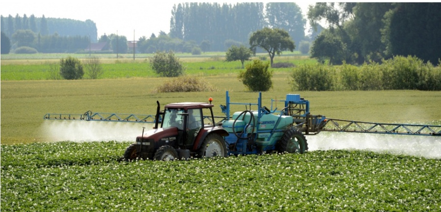 Nature : « L'air n'est pas respirable » : la carte de France des victimes des pesticides