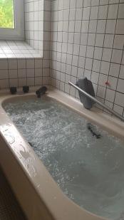 cure baignoire bulles 2