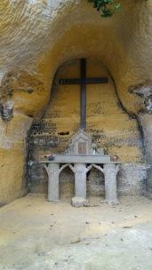 grotte notre dame de lourdes autel