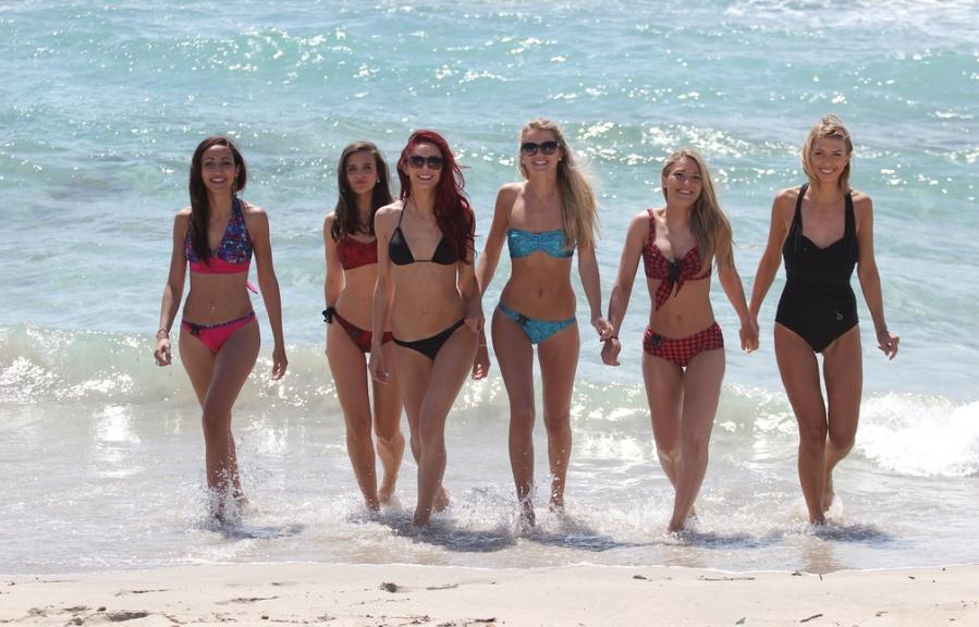 Futé : Des maillots de bain intelligents qui disent quand remettre de la crèmesolaire