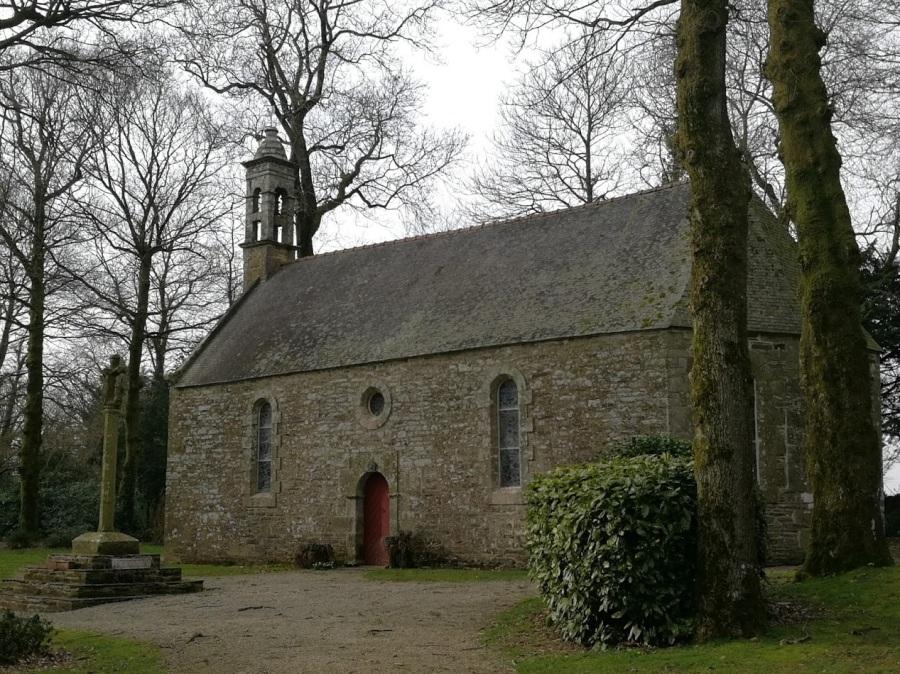 Promenade bretonne : chapelle de Lospars – Walk inBrittany